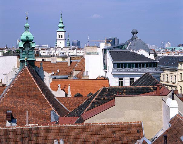 <b>Dachausbau und Büroadaption Wien 01</b>